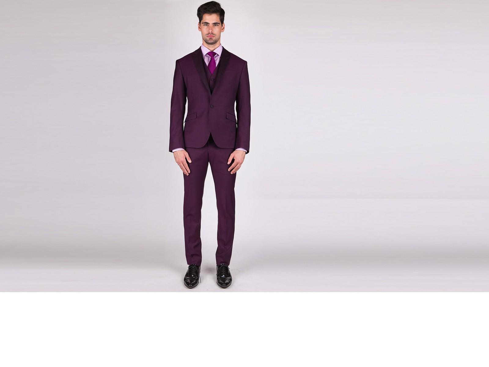 The Gambler - Luxurious 3 Piece Custom Suit